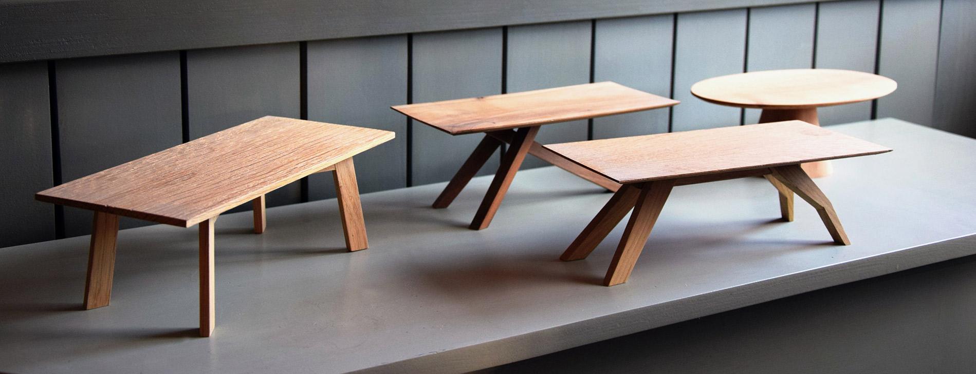 Kleine Tischmodelle aus Holz   Kunststück Schreinerei München